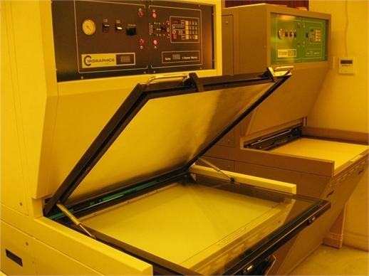 Quartz TSL yellow room UV exposure equipment for PCB manufacture
